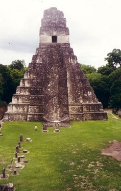 Guatemala - Tikal - Temple of the Jaguar 02